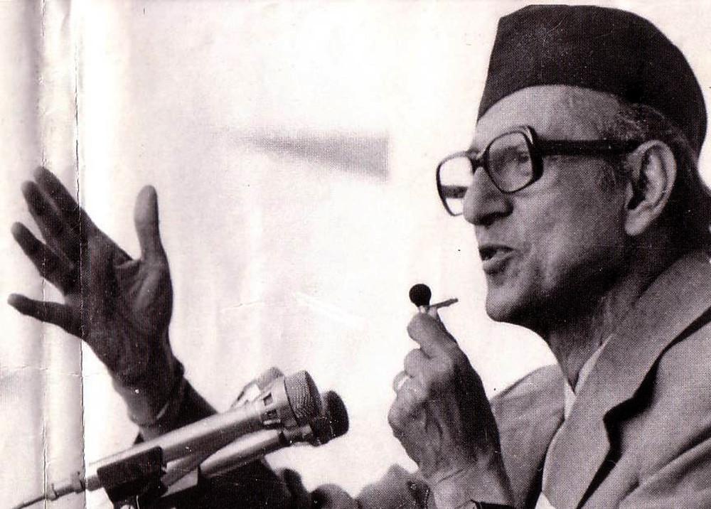 'भारतसँग मिल्नु भन्दा राजासँगै मिलेर लोकतन्त्र ल्याउँछु भनेर वीपी नेपाल फर्किनु भयो'