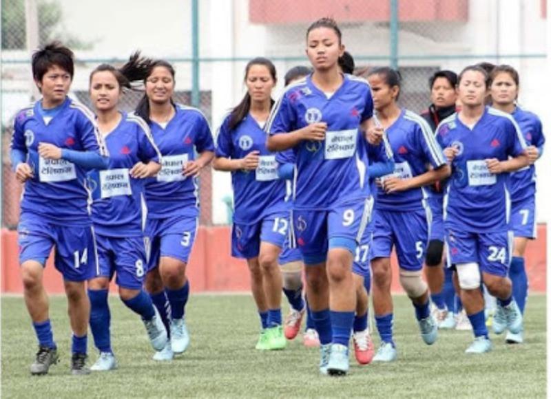 महिला फुटबल टोलीको कप्तानमा थापा चयन