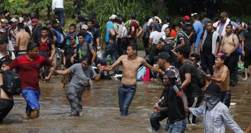 मेक्सिकाेबाट अवैध प्रवेश राेक्न थप  ५२०० सेना परिचालन