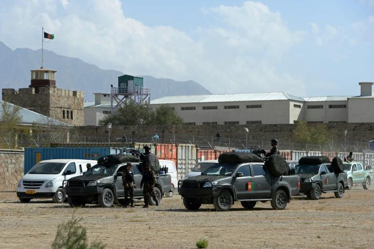 काबुल कारागारनजिक आत्मघाती आक्रमण, सात जना मारिए
