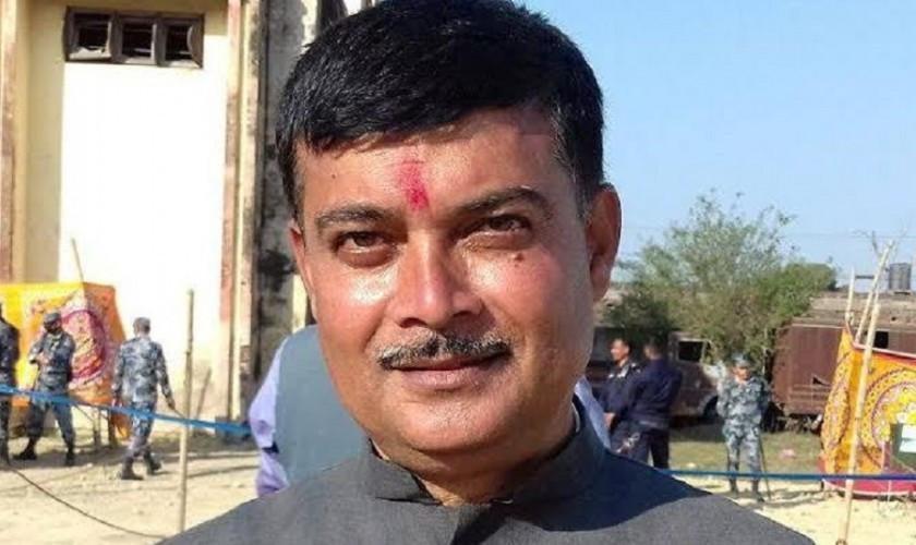 पर्सा कांग्रेस सभापति अजय द्विवेदीद्वारा स्वनिलम्बनको घोषणा