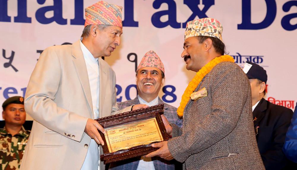 सबैभन्दा बढी कर तिर्ने कम्पनी बन्याे सूर्य नेपाल, व्यक्तिगत अायकरमा सिद्धार्थ शमशेर