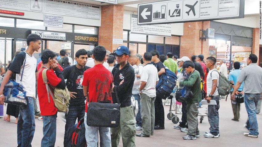 ५ महिनामा विदेश जानेकाे संख्या घट्याे