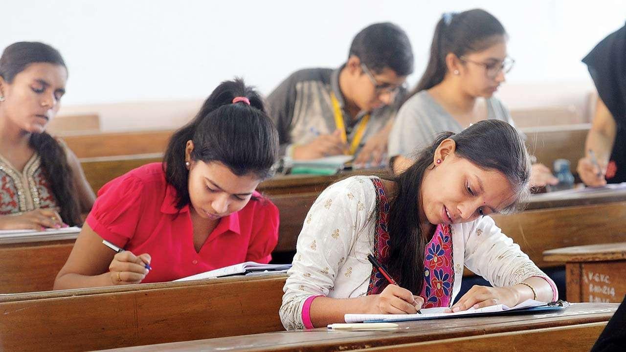 कक्षा ११ को नेपाली परीक्षा पनि शान्तिपूर्ण