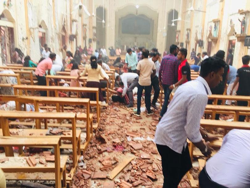 अपडेट  : श्रीलंकाको श्रृंखलाबद्ध बिष्फाेटमा मृत्यु हुनेको संख्या २०७ पुग्यो, ४५० बढी घाइते