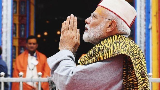 भारतमा मोदीको आँधी, एक्लै बहुमत  पुग्याे