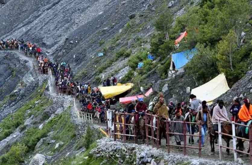 चीनले पास नदिँदा २० भारतीय तीर्थयात्री फिर्ता