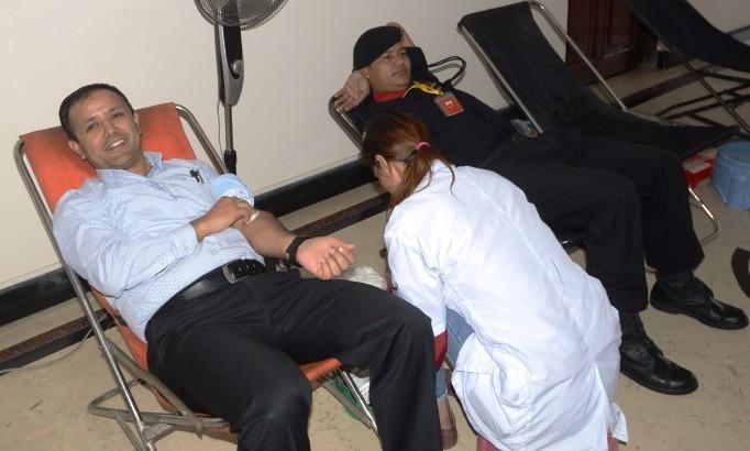 आइएमईद्धारा रक्तदान कार्यक्रम