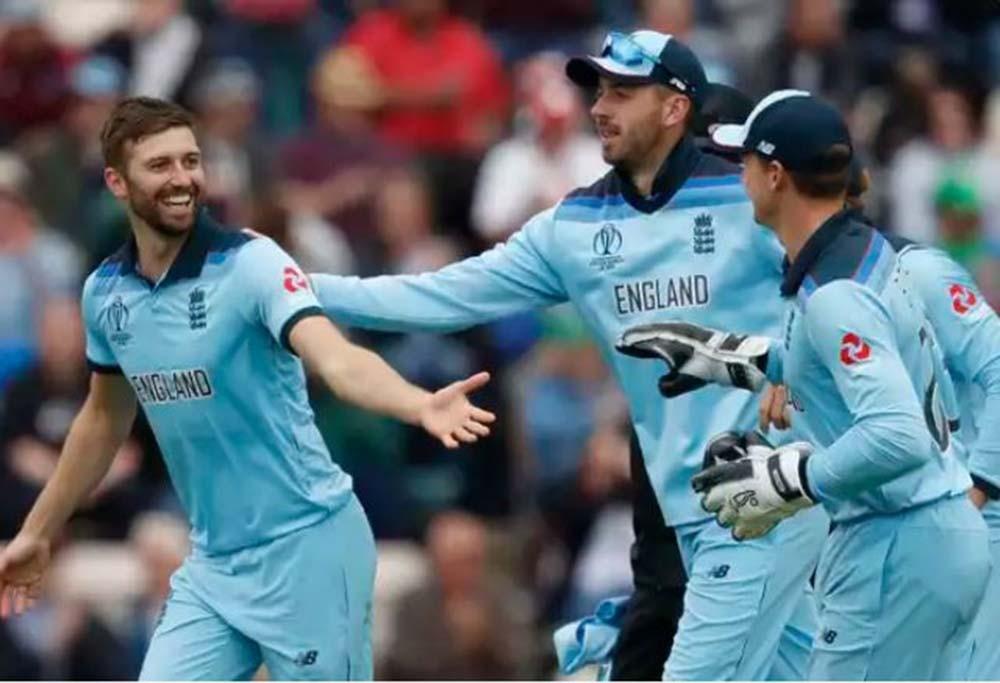 विश्वकप क्रिकेट : इङ्ल्यान्ड आठ विकेटले विजयी