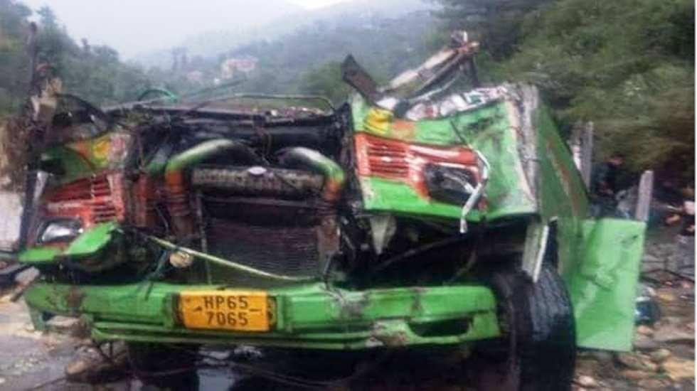 भारतमा बस दुर्घटना : २७ को मृत्यु, ३५ जना घाइते