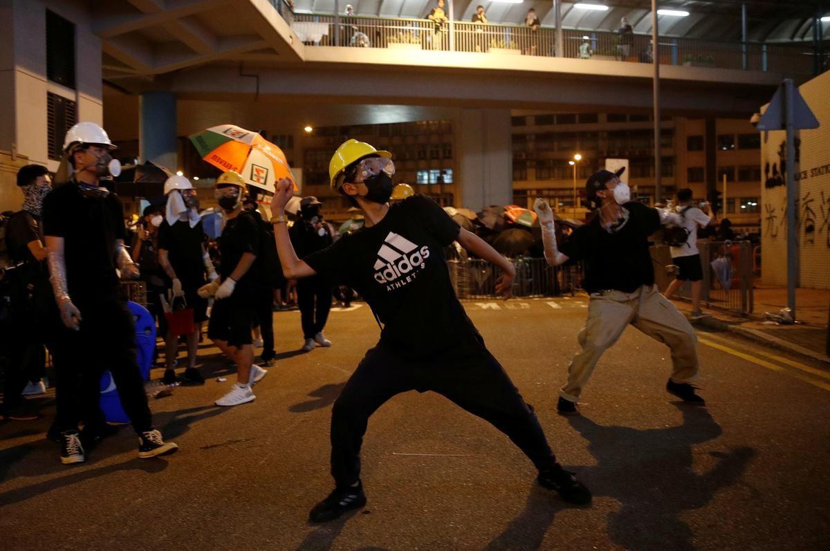 हडकङमा सरकारबिरुद्ध प्रदर्शन चर्कियो