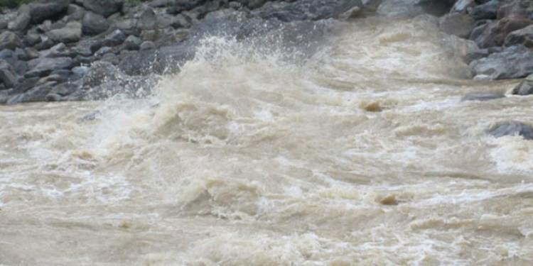 भोटेकोसीमा भीषण बाढी, नदीका छेउका बस्ती प्रभावित