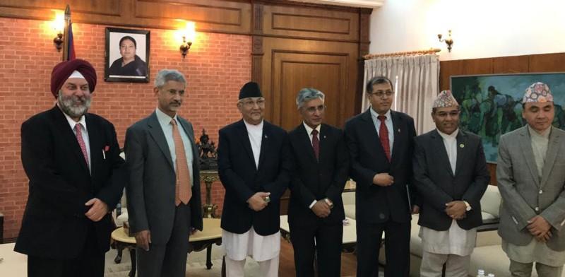 भारतीय विदशमन्त्री जयशंकरले राष्ट्रपतिलाई भेट्दै