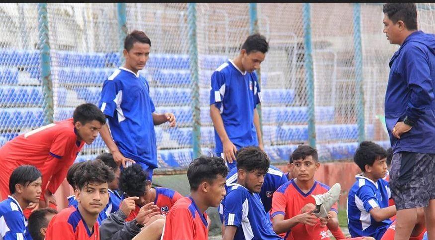 यू–१८ साफ फुटबलका लागि नेपाली टोली घोषणा (को-को परे टिममा नामसहित)