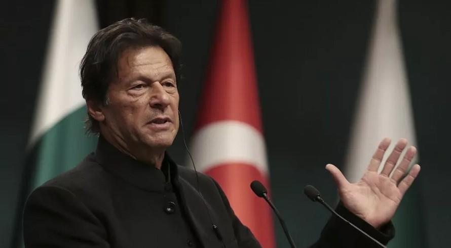 पाकिस्तानी प्रधानमन्त्रीकाे अमेरिकी सांसदमा 'व्रिफिङ' : काश्मिरमाथि भारतले अत्याचार गर्याे