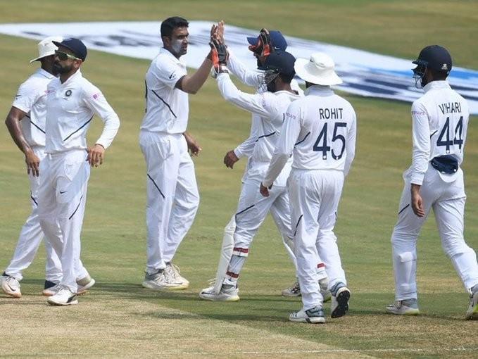 टेस्ट क्रिकेटः भारतद्वारा दक्षिण अफ्रिका पराजित