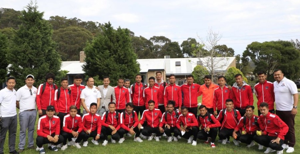 सिड्नीमा नेपाली राष्ट्रिय फुटबल टोलीले लगाए टीका र जमरा