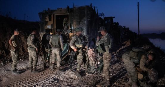 उत्तरी सिरियामा टर्कीद्वारा आक्रमण तीव्र, ६० हजार मानिस घर छाेडेर भागे