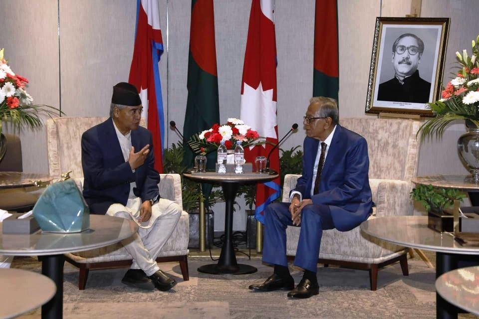 बङ्गलादेशका राष्ट्रपति हमिद र  देउवाबीच भेटवार्ता