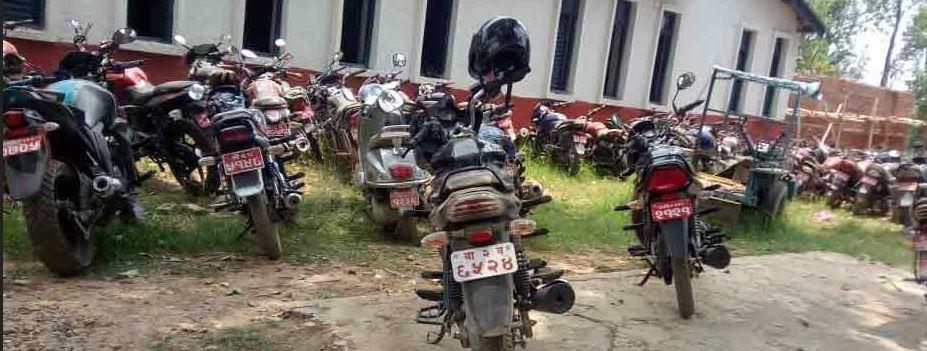 मोटरसाइकल व्यवस्थापन गर्नै कठिन