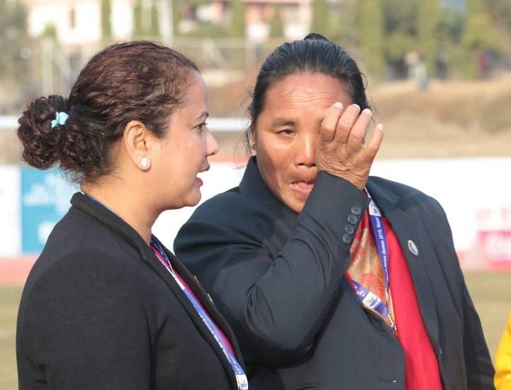 नेपाली महिला फुटबल टिमले हार्दा मन्त्री पुनको आँखामा आँशु