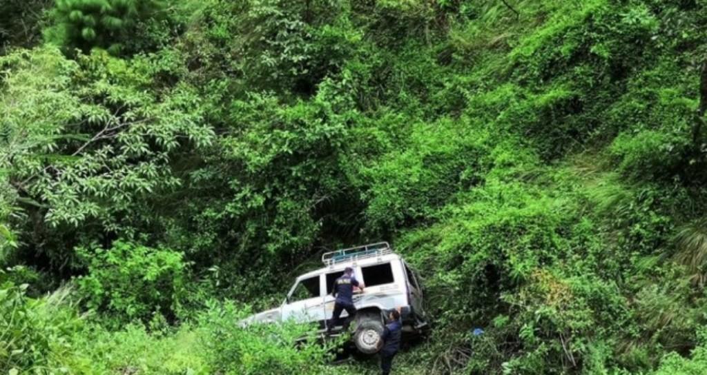अछाममा जन्ती बोकेको जीप दुर्घटना, चार जनाको मृत्यु