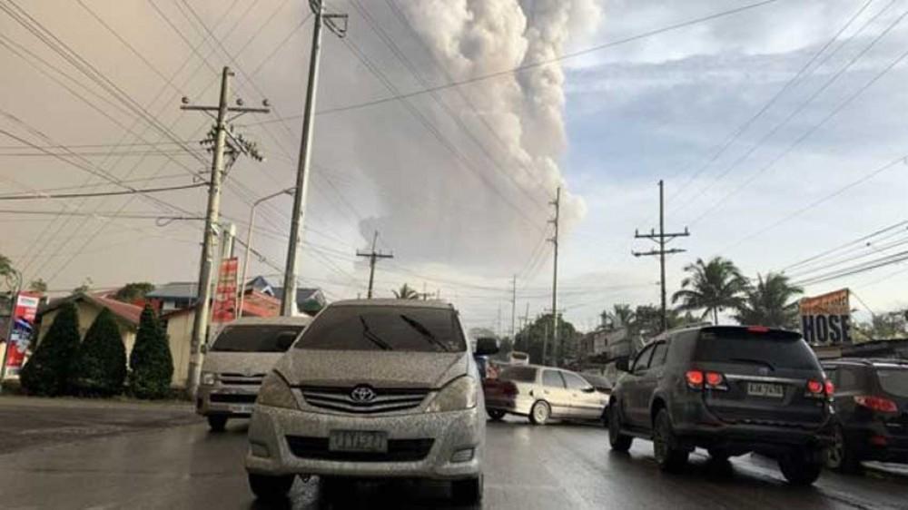 फिलिपिन्समा ज्वालामुखीका कारण ८ हजार स्थानीयलाई सारियाे
