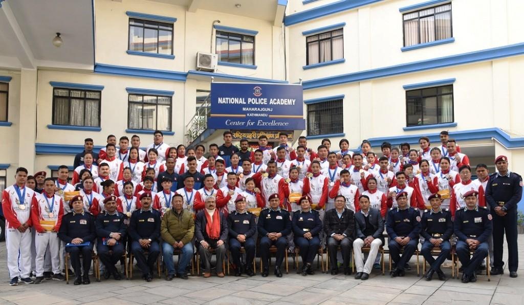 १३औं सागमा पदक प्राप्त गर्न सफल नेपाल प्रहरीमा आवद्ध खेलाडीहरु सम्मानित