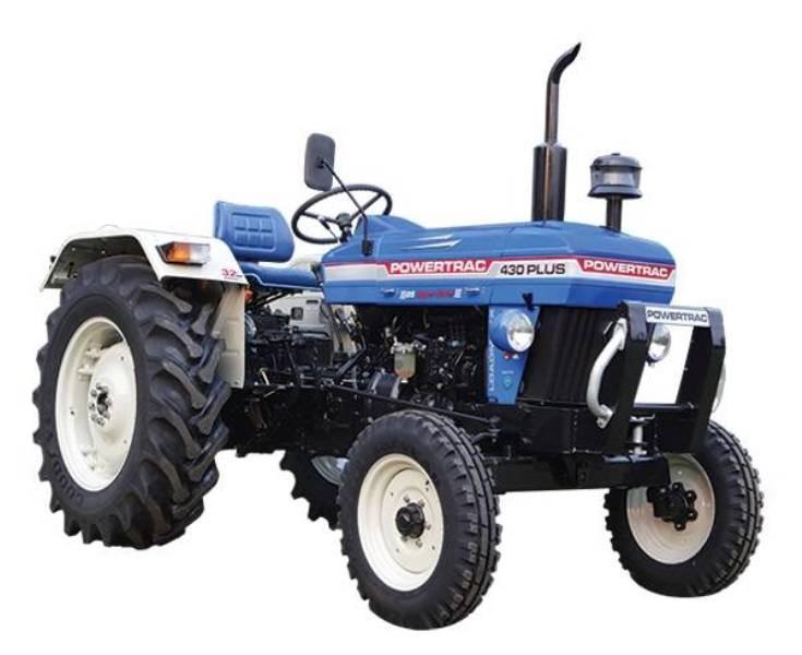 वाग्मती प्रदेश सरकार किसानलाई ट्रक, ट्र्याक्टर र पिकअप गाडी वितरण गर्दै