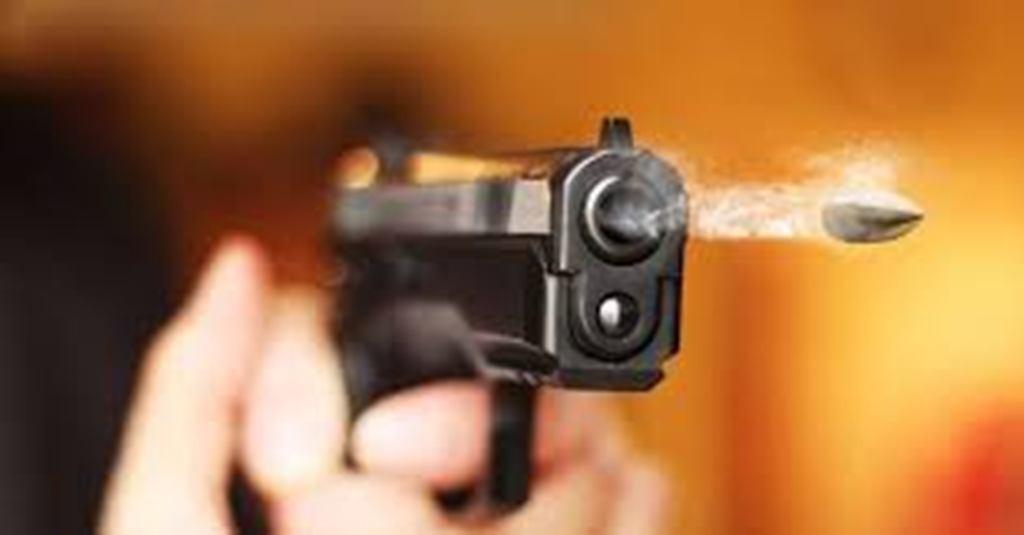 नेकपा र कांग्रेस कार्यकर्ताको झडपमा गोली चल्यो, छर्रा लागेर १८ जना घाइते