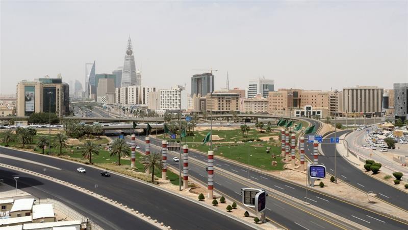 साउदीमा अनिश्चितकालीन कर्फ्यु
