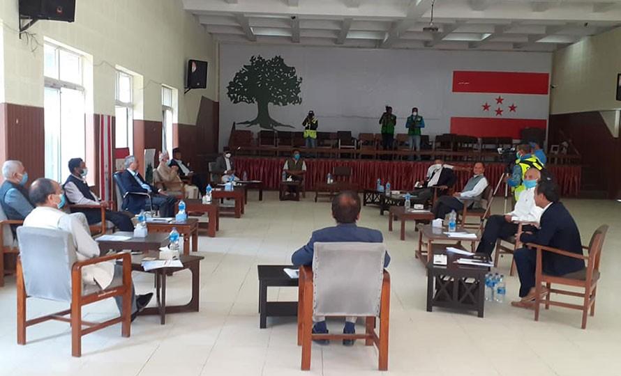 संविधान संशोधनमा छलफल गर्न कांग्रेसले बोलायो केन्द्रीय समिति बैठक