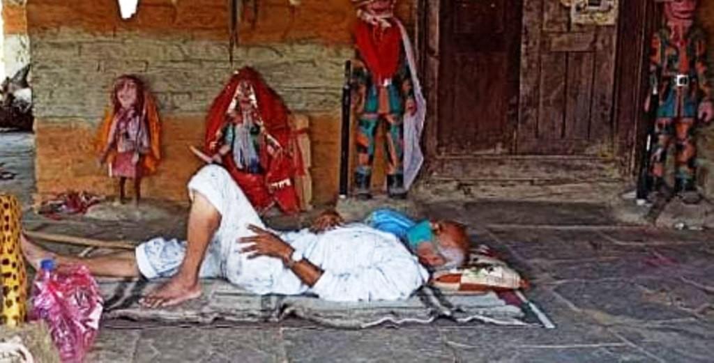 डा.केसीलाई उपचारका लागि काठमाडौँ पठाइयो