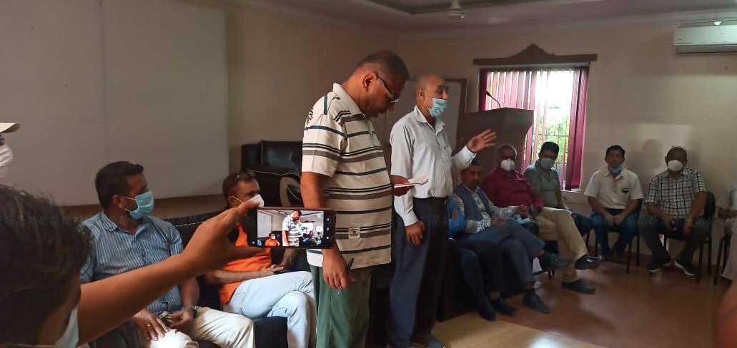 प्रदेश ५ को राजधानी बिबादः रुपन्देहीमा नेकपाका दुई हजार सदस्यले दिए राजीनामा