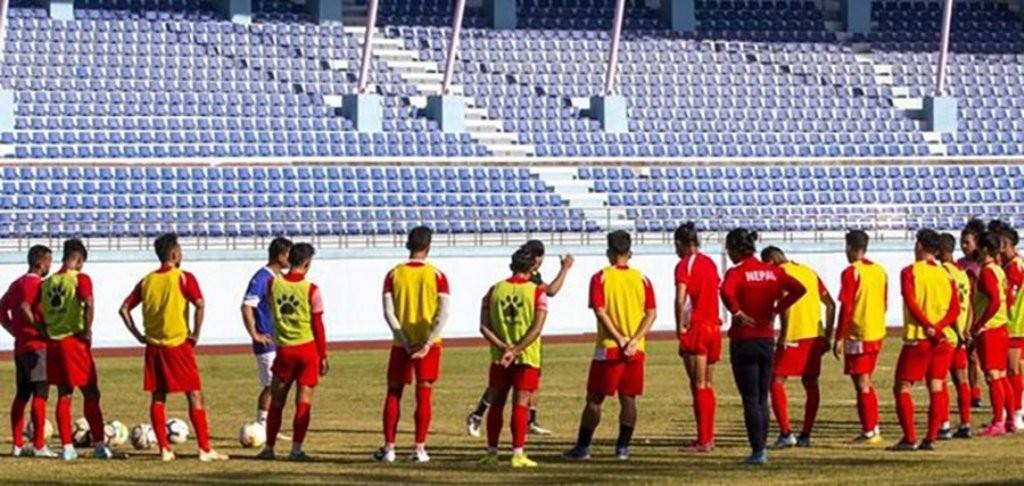 ढाकामा नेपाली फुटबल टोलीकाे प्रशिक्षण