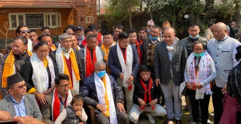 रसुवामा विभिन्न पार्टीका नेता तथा कार्यकर्ता कांग्रेसमा प्रवेश,नवप्रवेशीलाई देउवाद्धारा स्वागत