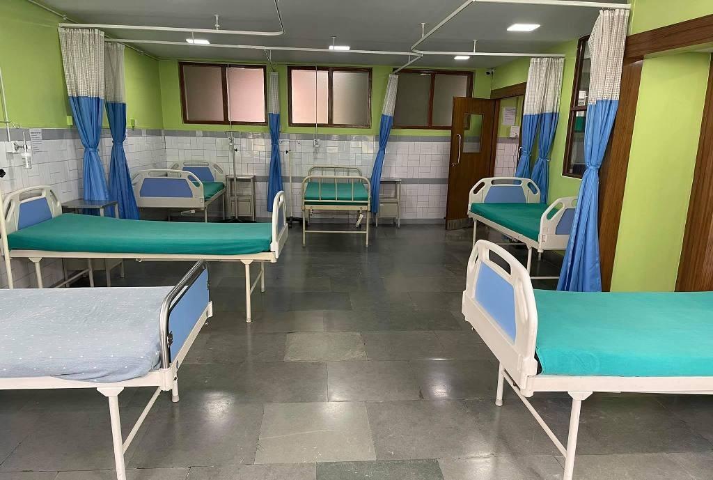 नेपाल मेडिकल कलेजमा थप कोभिड वाड शुरु
