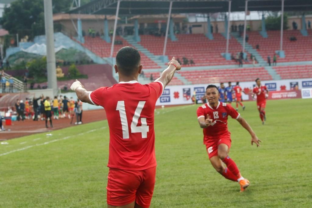 नेपाल र भारतबीचकाे पहिलाे मैत्रीपूर्ण फुटबल बराबरीमा सकियाे