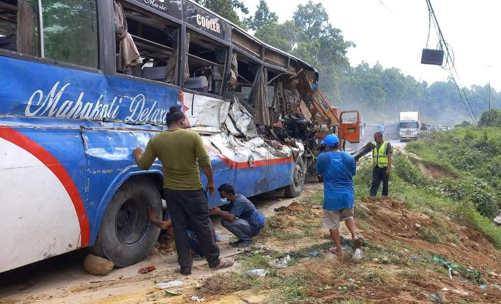 गैडाकोटमा गाडी दुर्घटनाः तीन जनाको मृत्यु